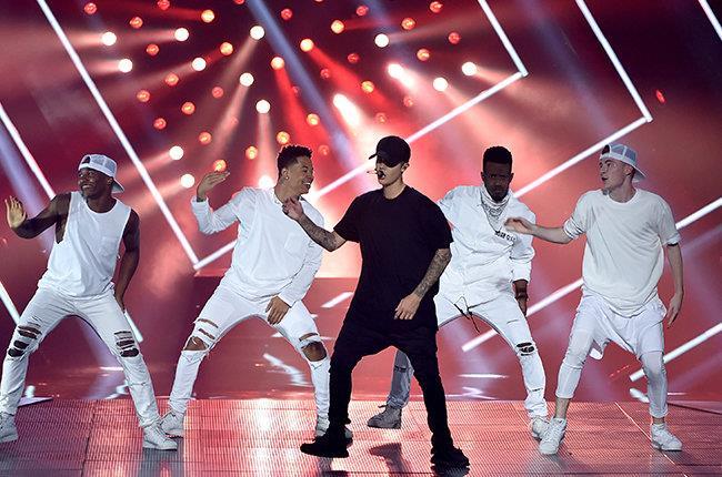 Justin Bieber sul palco degli MTV VMA