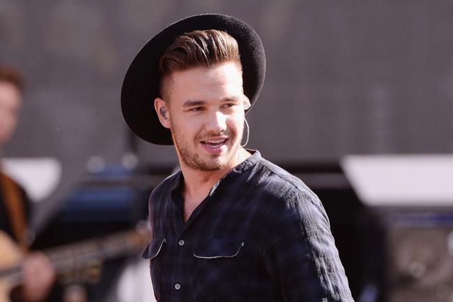 Liam Payne degli One Direction sul palco