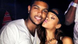 Rihanna bacia ragazzo