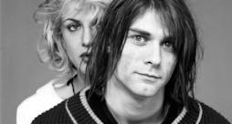 Kurt Cobain e la moglie Courtney Love negli anni '90