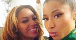 Nicki Minaj e Beyoncé si fanno un selfie insieme