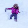 Rihanna cade giocando su una pista di Aspen