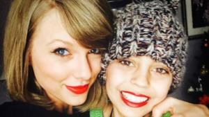 Taylor Swift con Delaney Clements