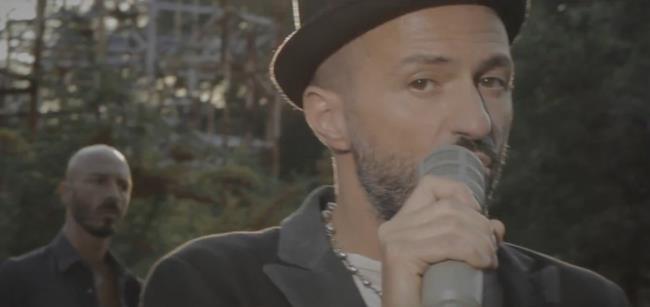 Samuel dei Subsonica nel video ufficiale Di domenica