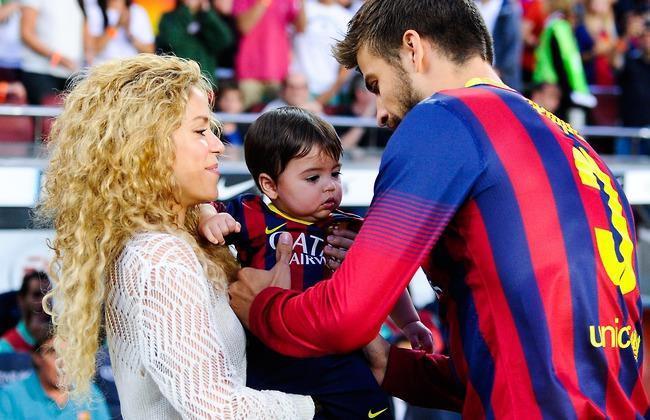 Shakira con Piqué e il figlio Milan