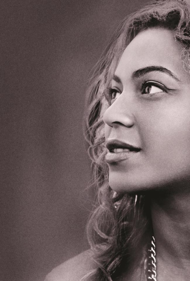 On Stage Beyoncé BBC