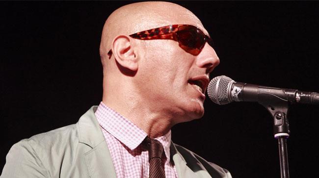 Giuliano Palma canta sul palco