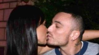 Gue Pequeno bacio Nicole Minetti