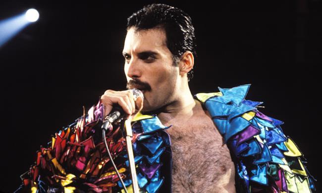 Freddie Mercury sul palco.