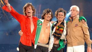 I Rolling Stones durante un'esibizione dal vivo
