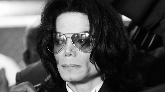 Michael Jackson rimborsato e medico Conrad Murray  condannato