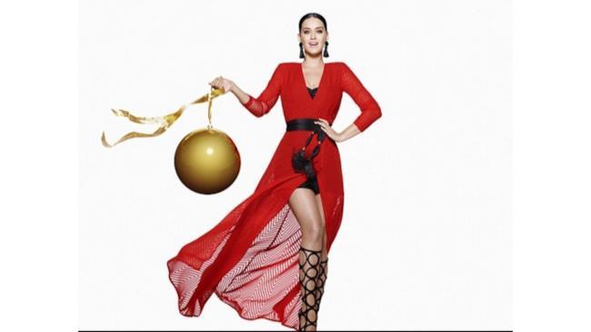 Katy Perry e il nuovo volto del Natale