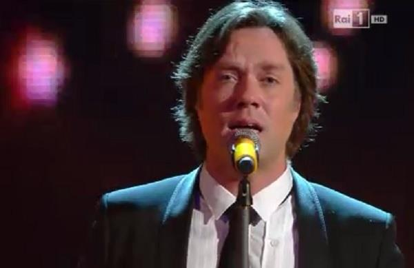 Rufus Wainwright canta Accross The Universe