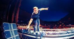 Hardwell ha svelato chi salirà con lui sul palco del Tomorrowland, il più grande festival EDM