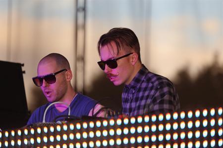 Dopo l'addio di Andy, The M Machine diventa un duo