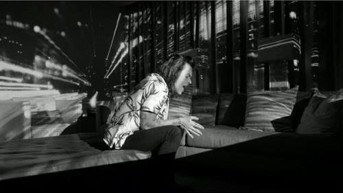 Harry Styles nel video di Perfect, il nuovo singolo degli One Direction