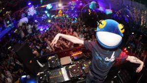 Deadmau5 Facebook Twitter