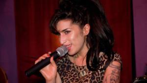 Amy Winehouse, la famiglia si oppone al docu-film sulla sua vita
