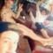 harry è nudo  e si fa una foto???