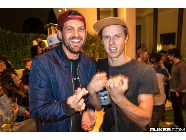 Il DJ americano Dillon Francis è stato uno degli artisti del mondo EDM invitato dal creatore di Minecraft al suo party