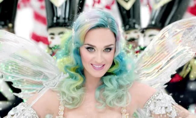 Katy Perry nello spot H&M per Natale 2015
