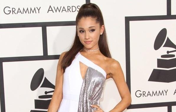 Ariana Grande ai Grammy Awards 2015