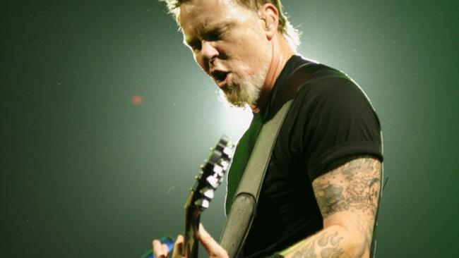 James Hetfield dal vivo.