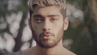 Zayn Malik senza maglietta nel video di FADER