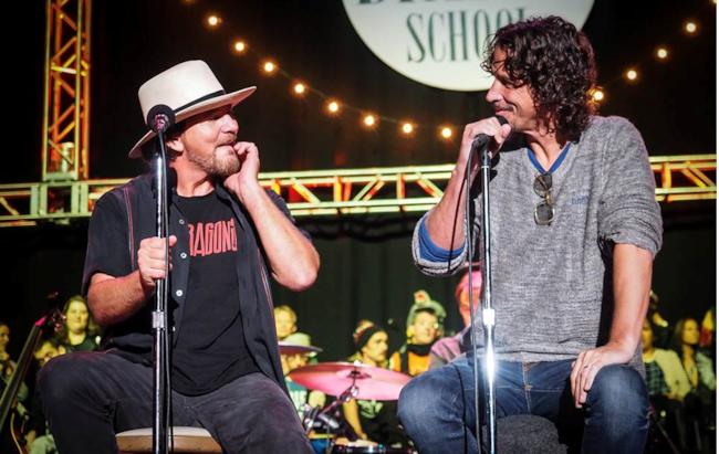 Vedder e Cornell insieme sul palco