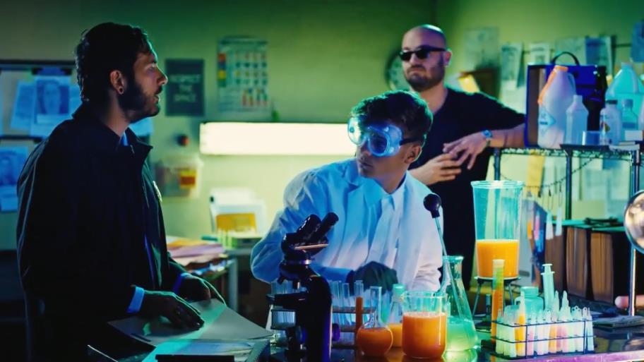 Martin Garrix è l'analista forense della finta serie NCIS:Ibiza