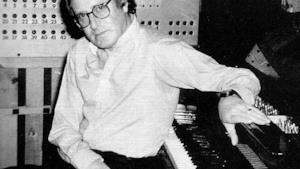 Addio a John Barry, storico creatore delle musiche di James Bond