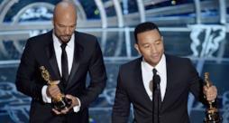 John Legend canta alla cerimonia degli Oscar 2015