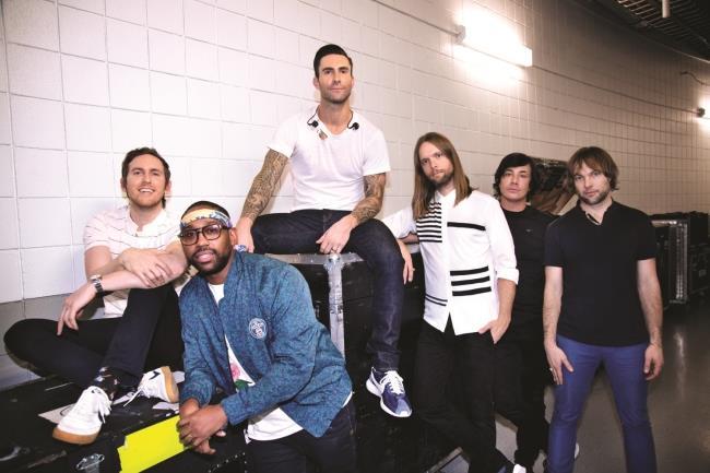 la band dei Maroon 5 per Singles