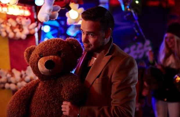 Liam Payne con un orsachiotto