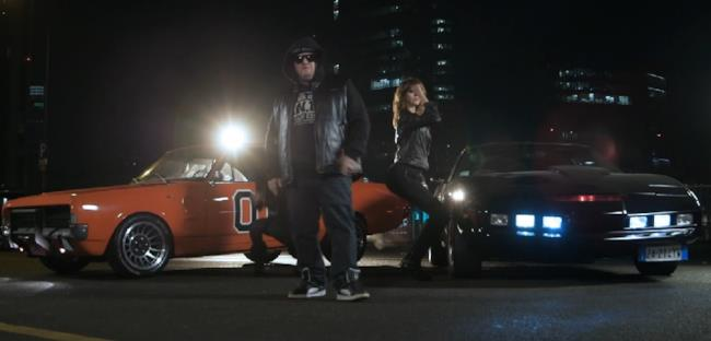 Jake La Furia tra KITT di Supercar e Generale Lee di Bo e Luke