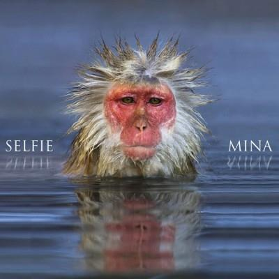 La copertina del nuovo album di Mina Selfie