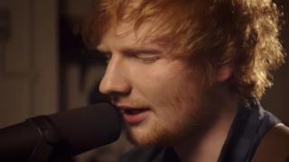 Ed Sheeran durante una performance