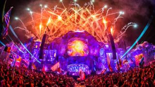 Mainstage TomorrowWorld
