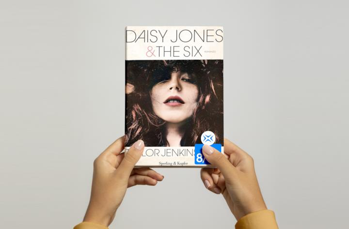 Copertina di Daisy Jones & The Six