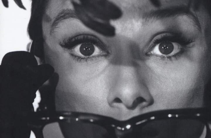 Audrey Hepburn in bianco e nero