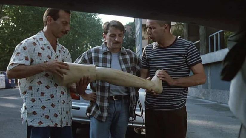 Aldo, Giovanni e Giacomo nel film Tre uomini e una gamba