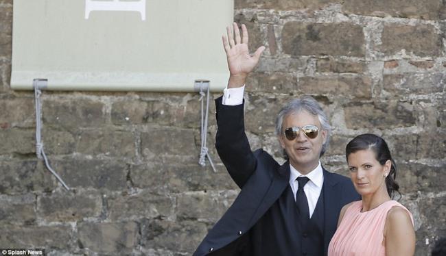 Ospite al wedding di Kim Kardashian e Kanye West è stato Andrea Bocelli