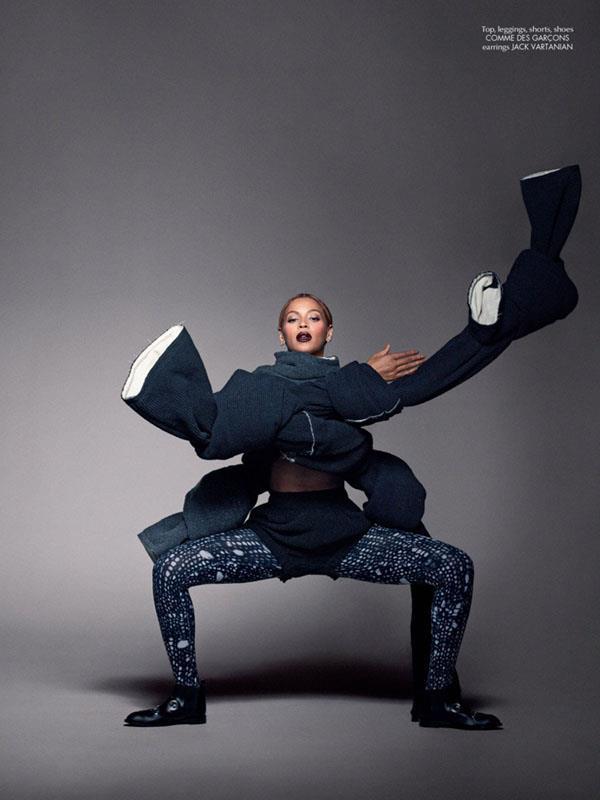 Il look di Beyoncé su CR Fashion Book è curato da Riccardo Tisci