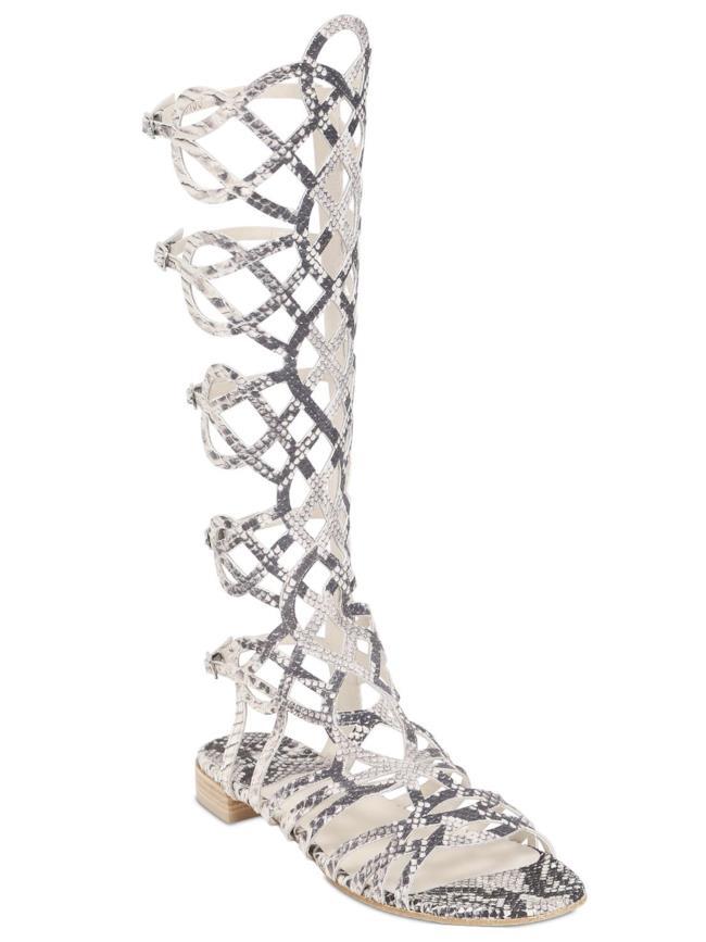Il sandalo di Stuart Weitzman è in promozione per i saldi estivi 2014 da LUISAVIAROMA