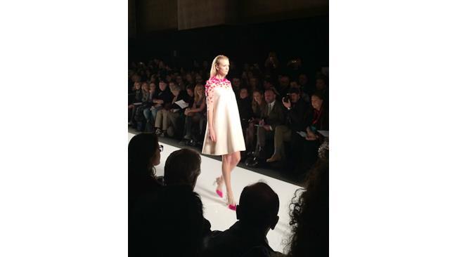 Sarli Couture presenta abiti con un'attenta cura dei dettagli per ALTAROMA 2014