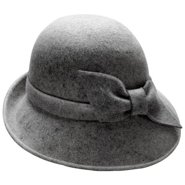 Lo stile anni '20 con la Cloche