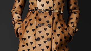 Trench a cuori per Burberry in coat