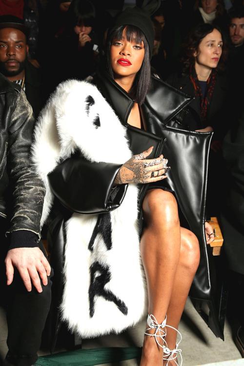 Comme des Garçons Paris Fashion Week 2014