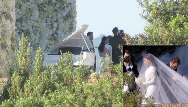Kanye West and Kim Kardashian wedding pictures