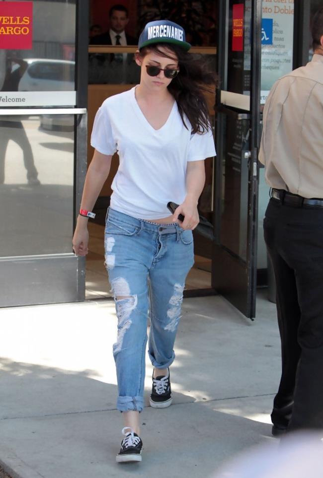 Kristen Stewart look denim